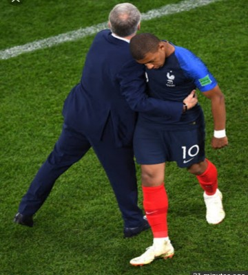 """Deschamps Happy With """"Solid"""" France Showing Vs Peru"""