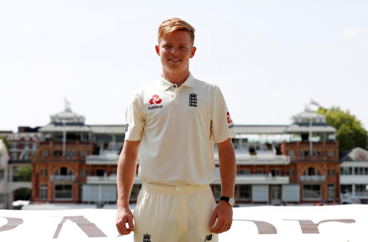 England Duo Commit To Surrey