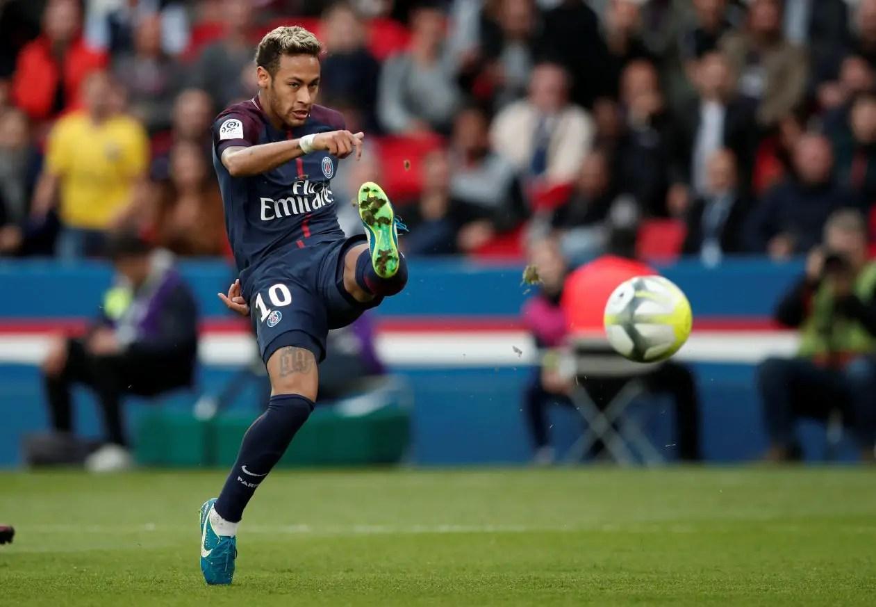 Neymar To Barca 'Fake News'