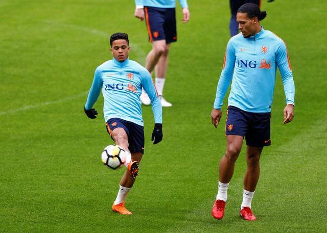 Kluivert happy with Roma move