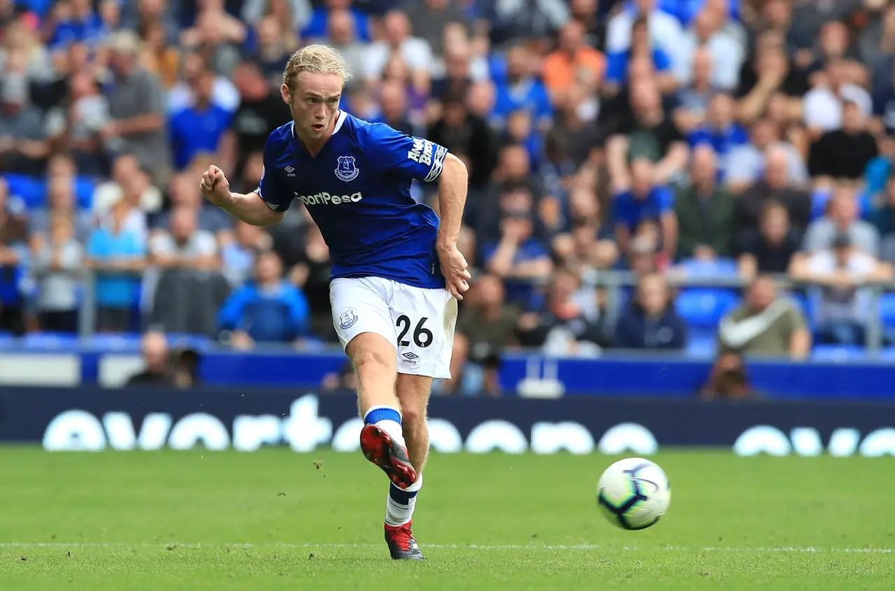 Davies Set For Bumper New Deal