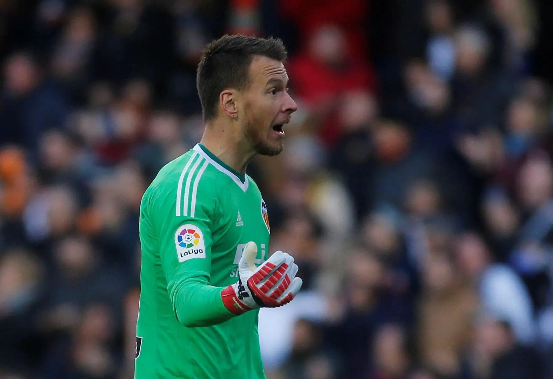 Neto Wins Marcelino Praise After Europa Win