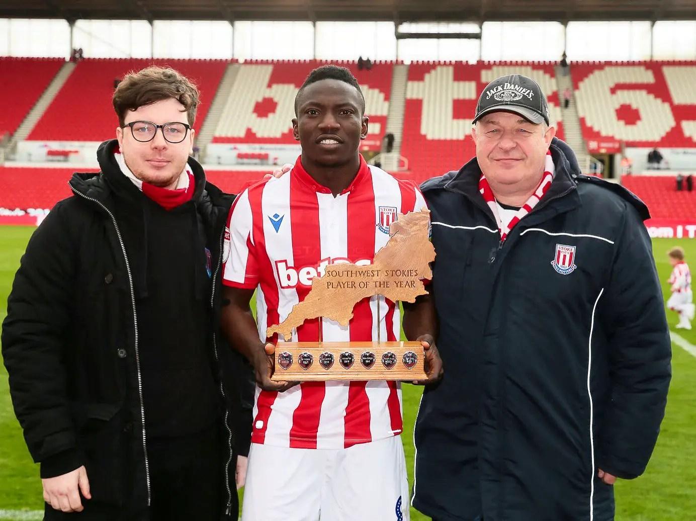 Etebo Wins Stoke City  POTY Award