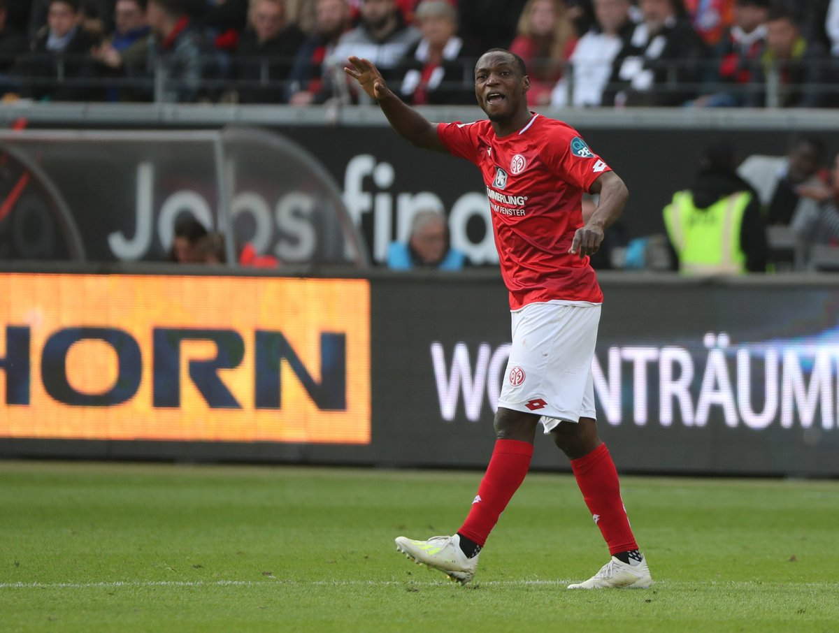 Ujah's Double Sinks Frankfurt