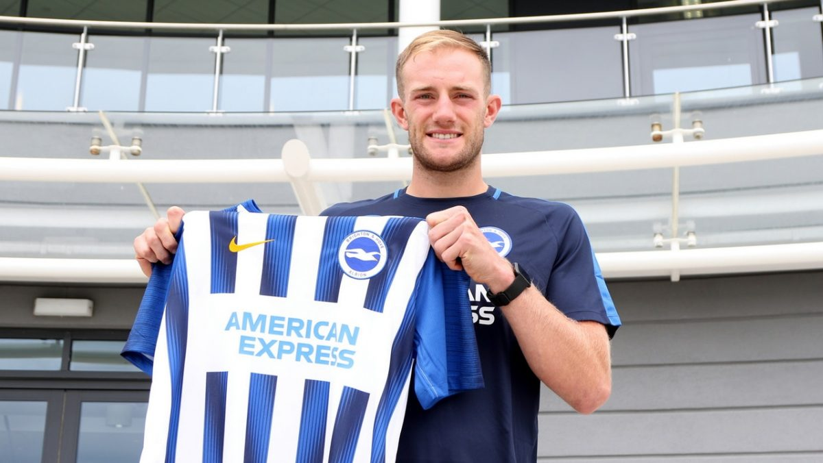 Potter Makes Clarke His First Seagulls Signing