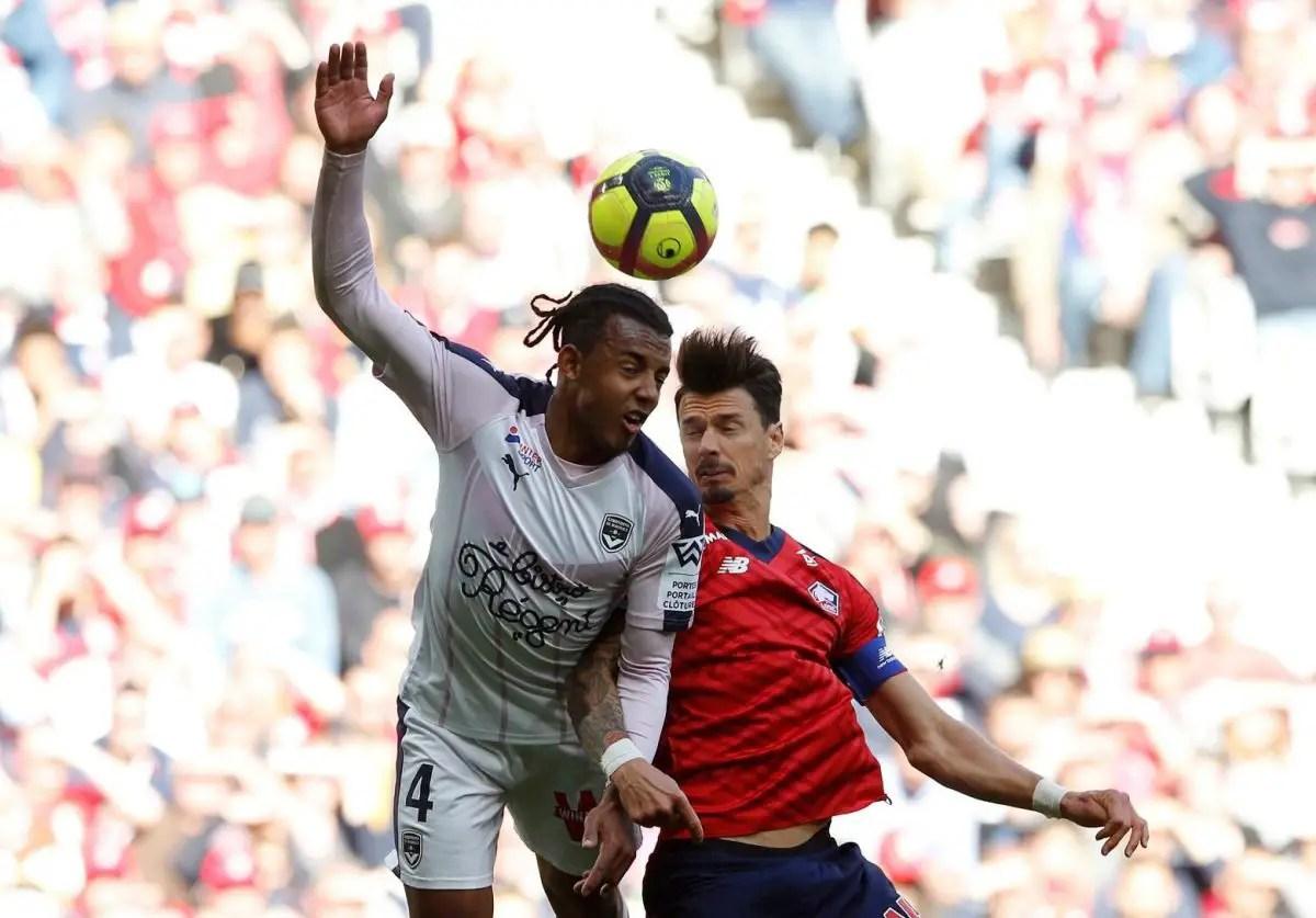 Dia bahkan menunjukkan kekesalannya itu kepada klubnya sevilla. Kounde Joins Sevilla In Club-Record Deal - Complete Sports