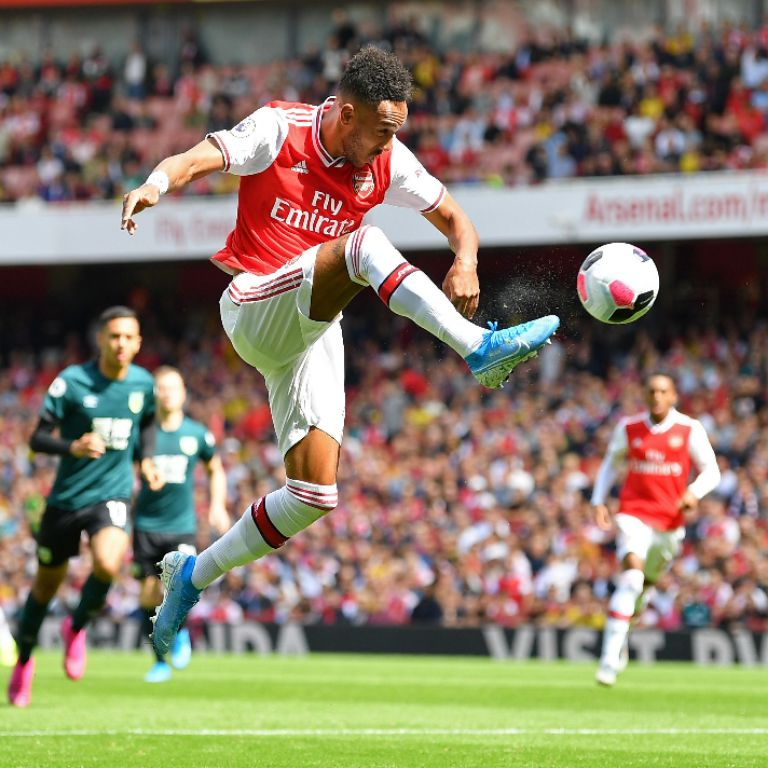 Aubameyang Scores Winner As Arsenal Pip Burnley 2-1 At the Emirates