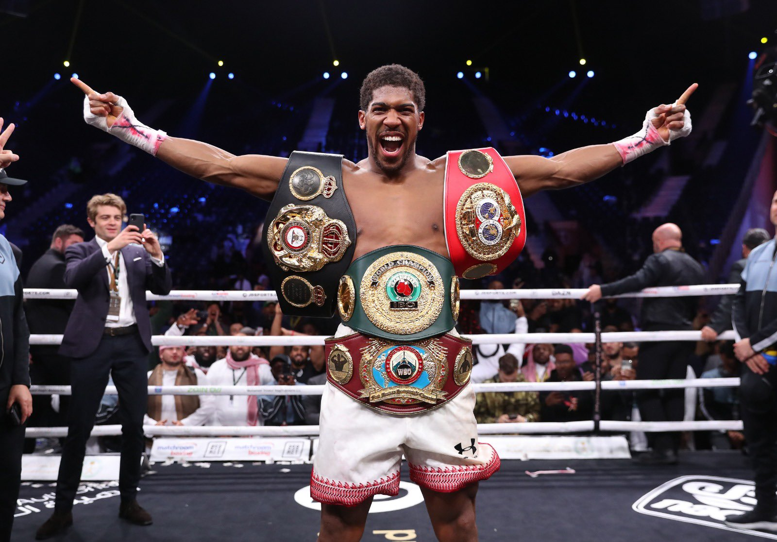 Ex-Heavyweight Champion Haye Predicts Knockout Win For Joshua Against Fury
