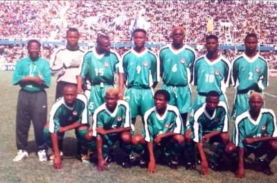 flying-eagles-chikelue-iloenyosi-1999-fifa-u-20-world-cup-tunde-disu-thijs-libregts