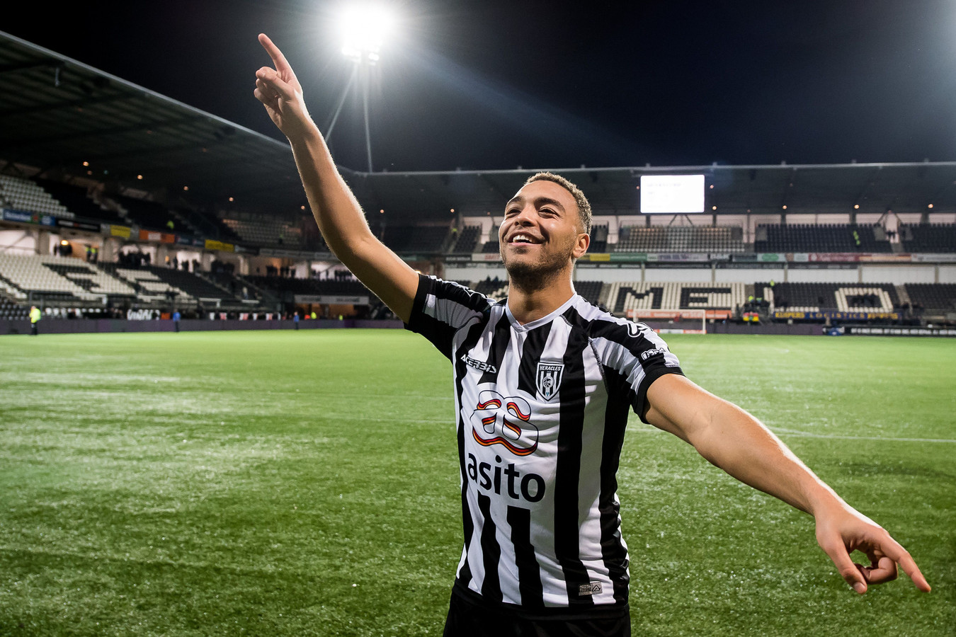 Heracles Almelo  Ready To Allow Dessers Join Genk For Right Price