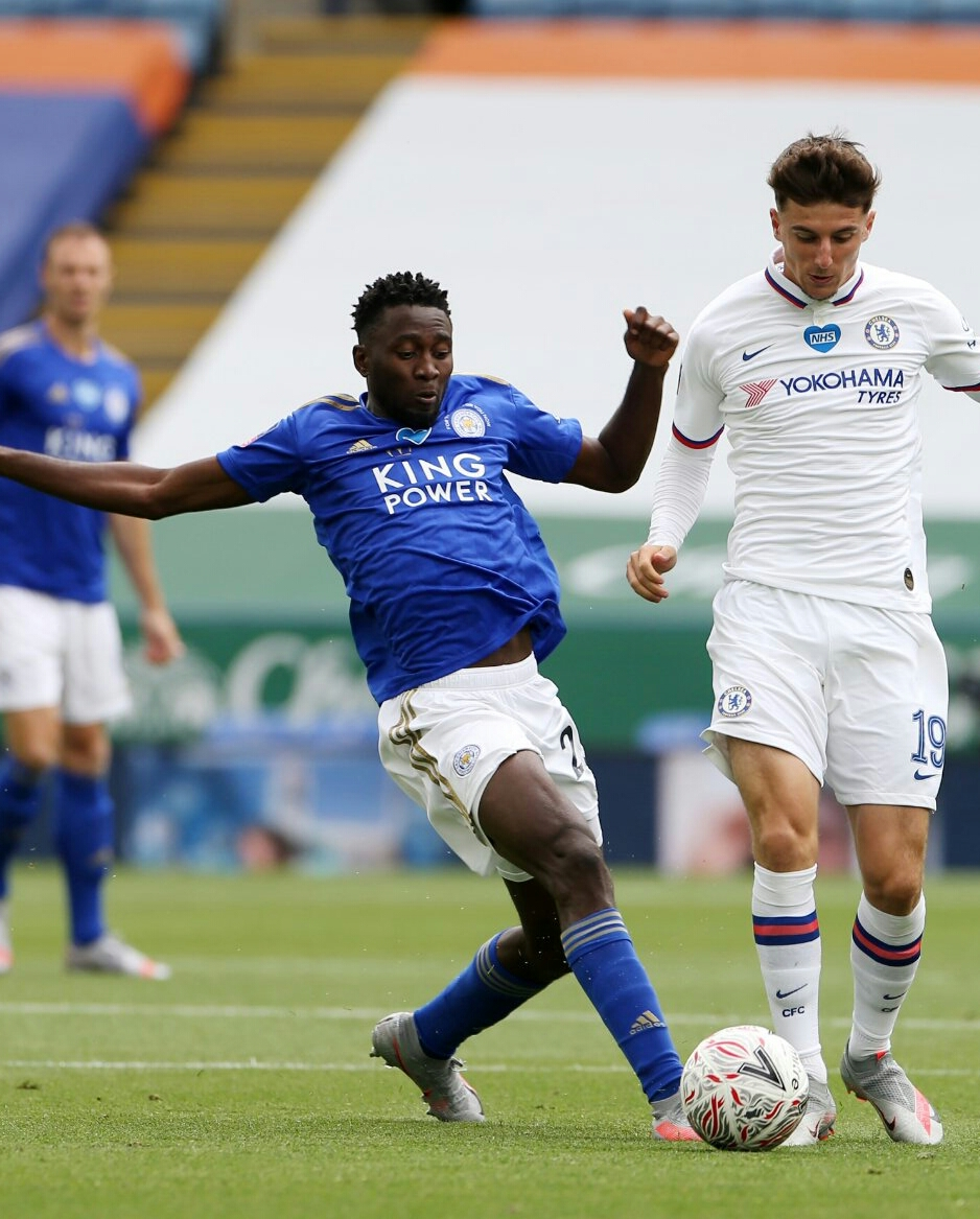 Photo of Ndidi In Action, Iheanacho Benched As Chelsea Beat Leicester