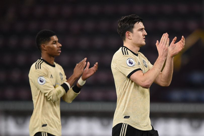 Photo of Owen: Manchester United Still Need A No 9 – Complete Sports