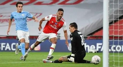 Super Eagles Star Begs Arsenal To Keep Aubameyang