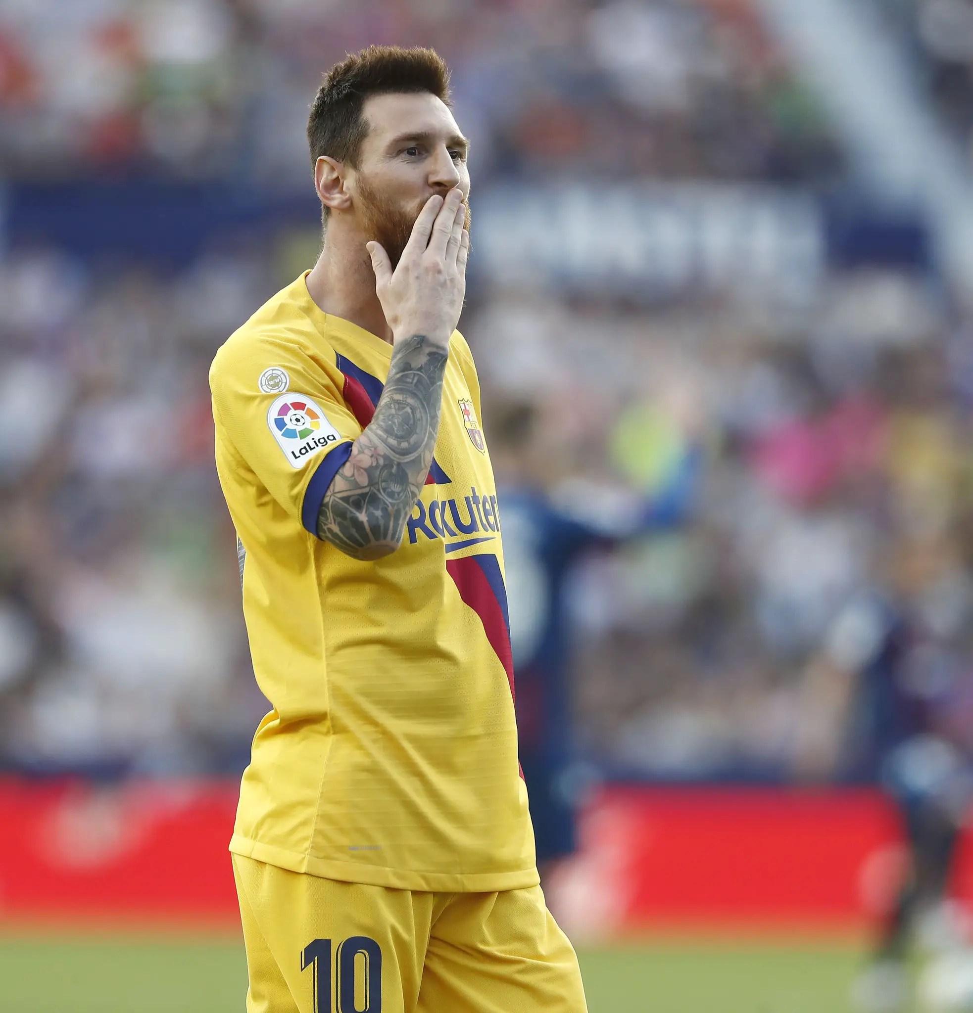 Messi Creates LaLiga Record In Barcelona's Win At Alaves