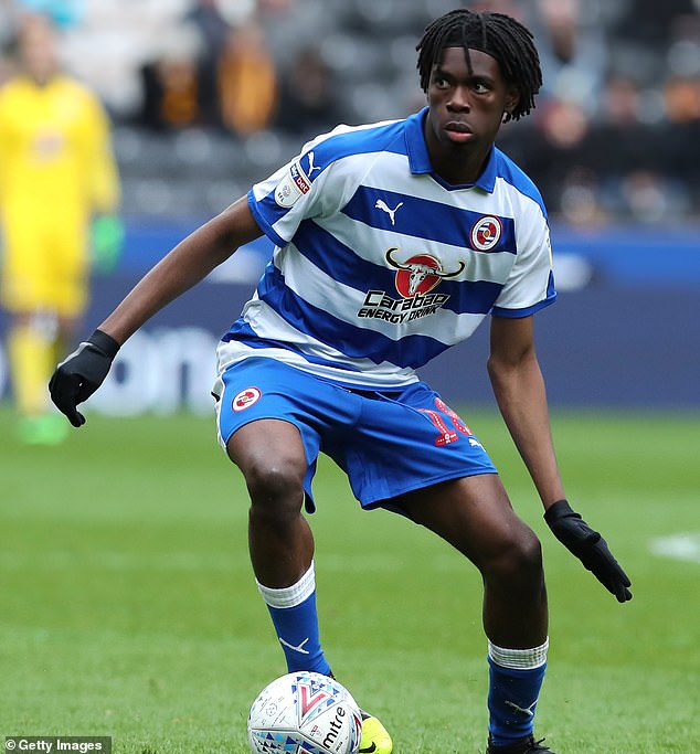 Ejaria Joins Reading On Permanent Deal