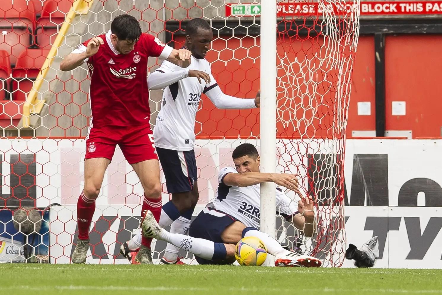 Balogun Criticises  Aberdeen's McKenna After Goalpost Incident