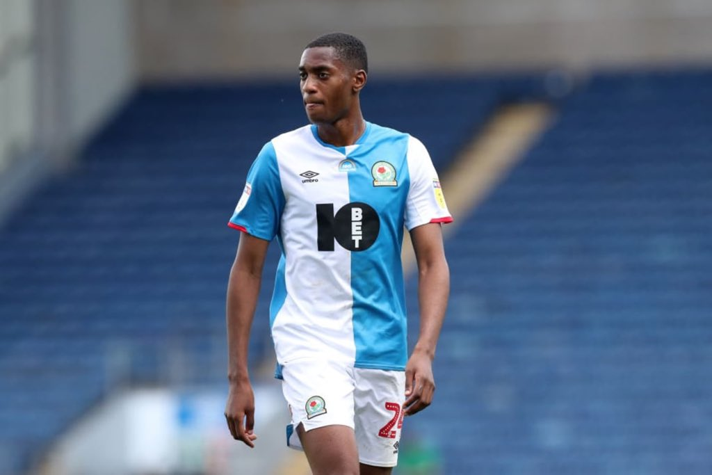Everton Weighing Up Move For Adarabioyo