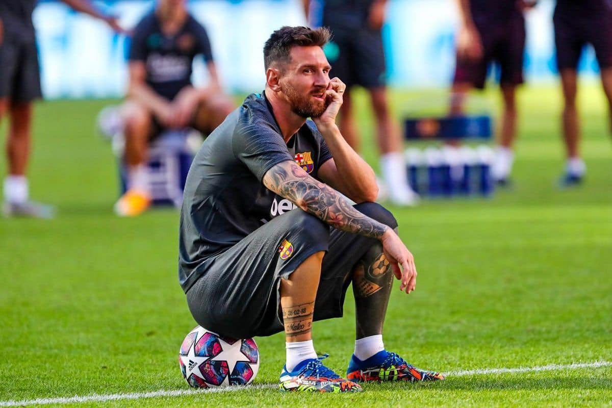 Messi Makes Contact With Guardiola Over Man City Move