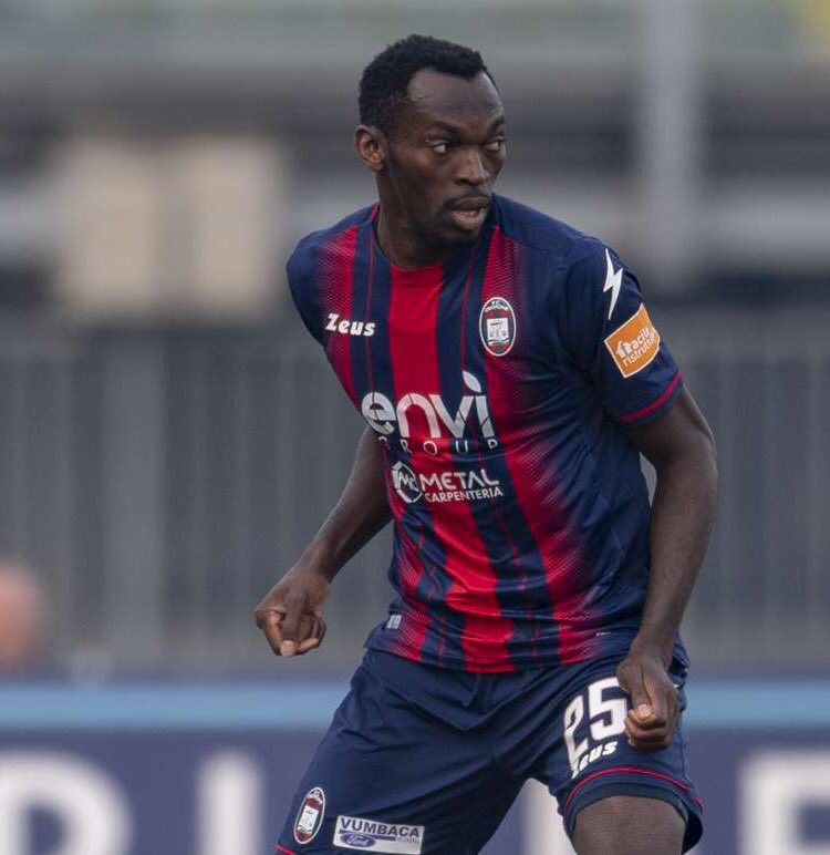 Simy Eyes 3rd Serie A Goal As Crotone Target 1st Win