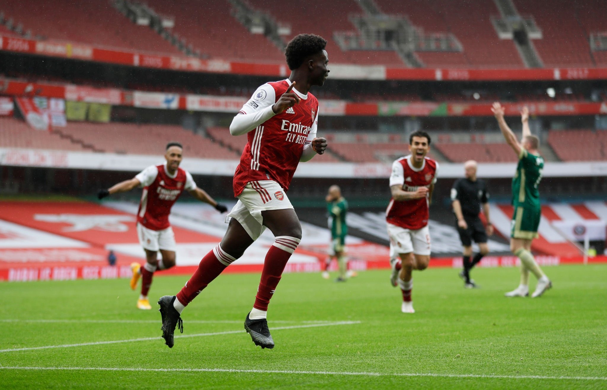 Keown  Hails Saka After Benfica Win