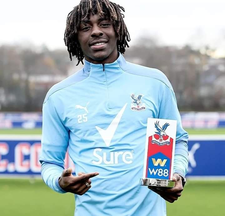 Eze Thrilled To Scoop Crystal Palace Player Of The Month Award
