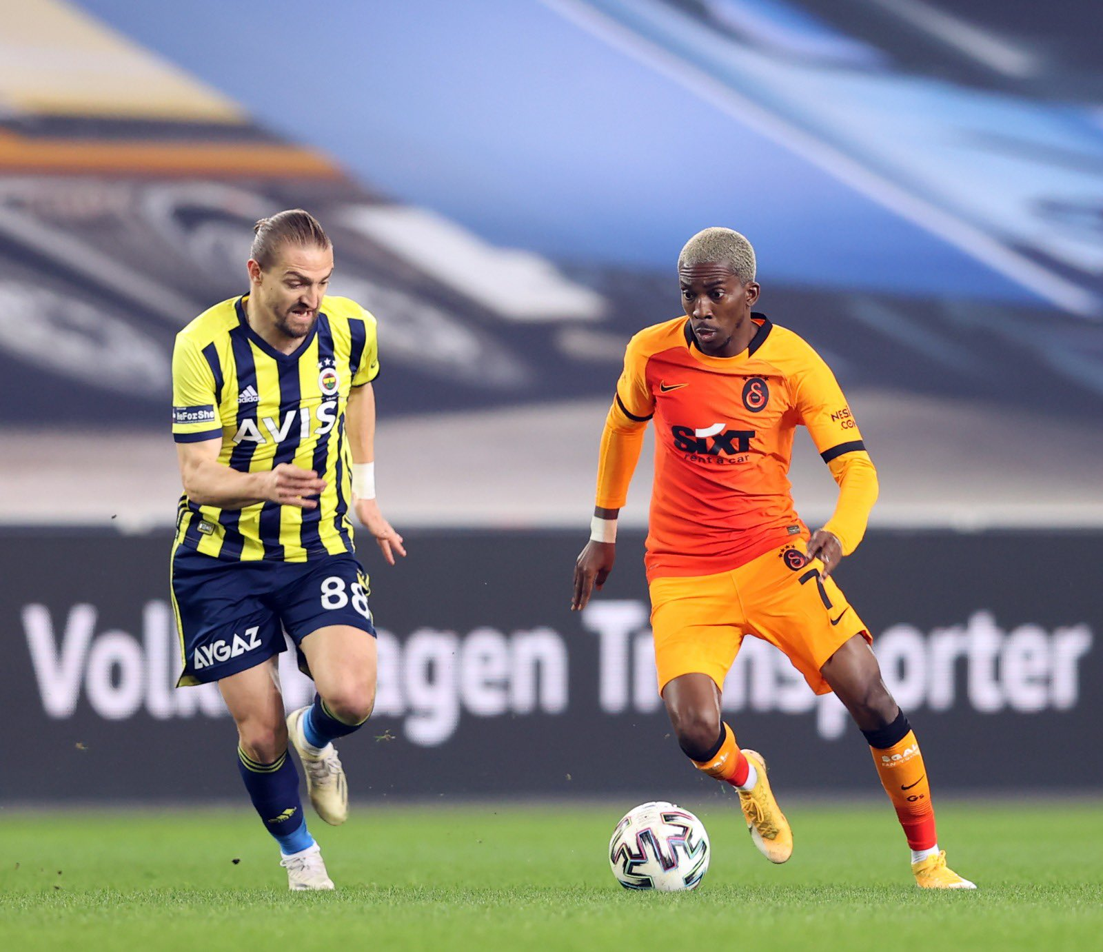 Onyekuru Targets Turkish League Title With Galatasaray