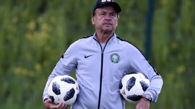 AFCON Qualifiers: Dosu Hails Rohr For Inviting Home-Based Players To Replace Foreign Based Hindered By Covid-19 Travel Ban