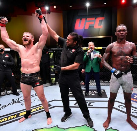 UFC: Poland's Blachowicz Hands Adesanya First Career Defeat