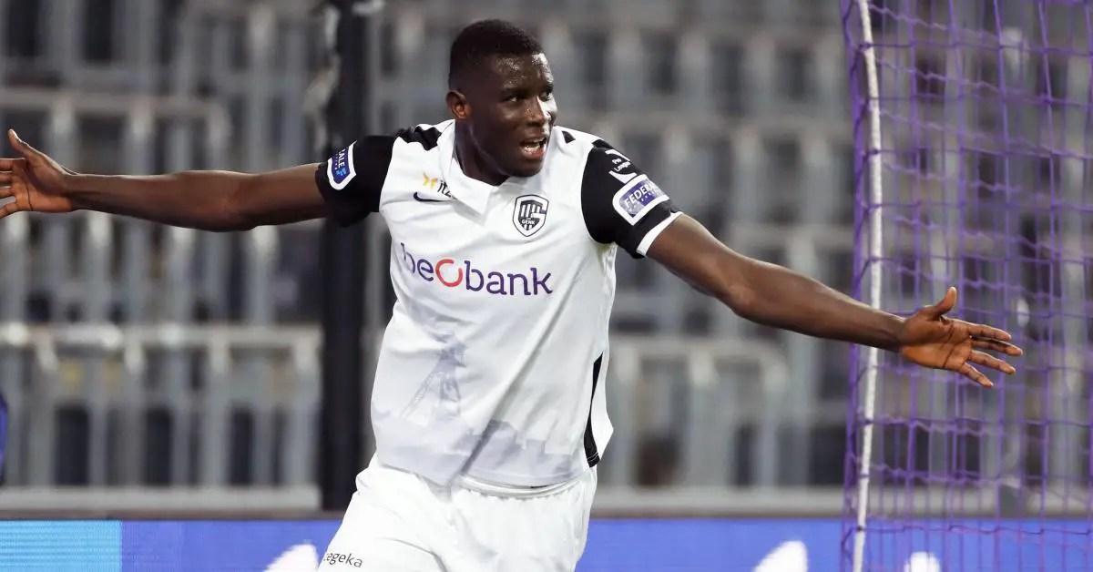Genk Boss Van den Brom Thumbs Up Onuachu After Win Vs Anderlecht