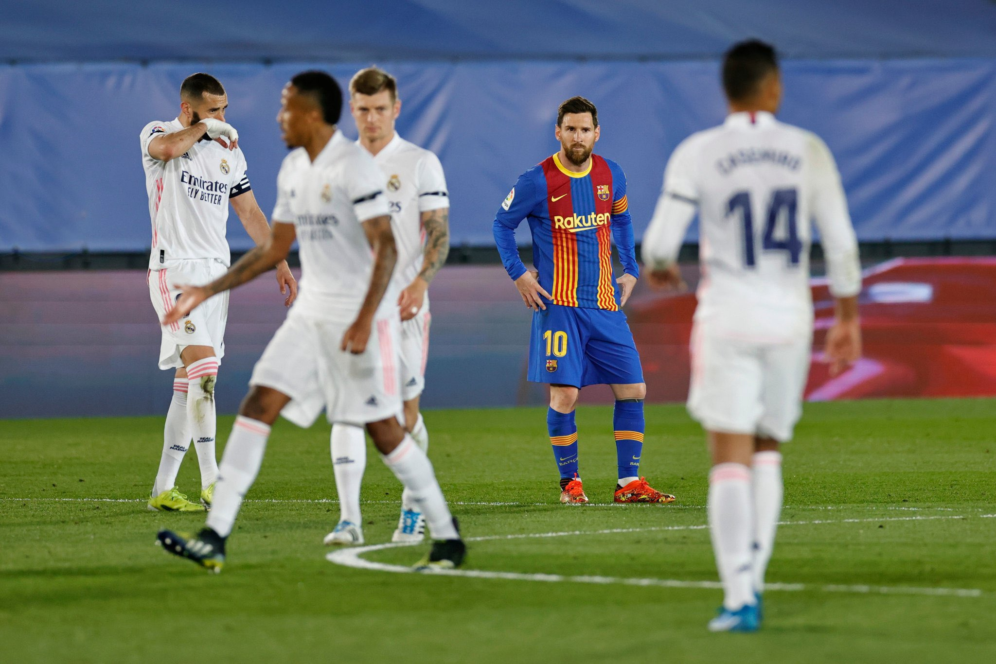 Messi's El Clasico Goals Drought Continues As Madrid Edge Barca To Go Top
