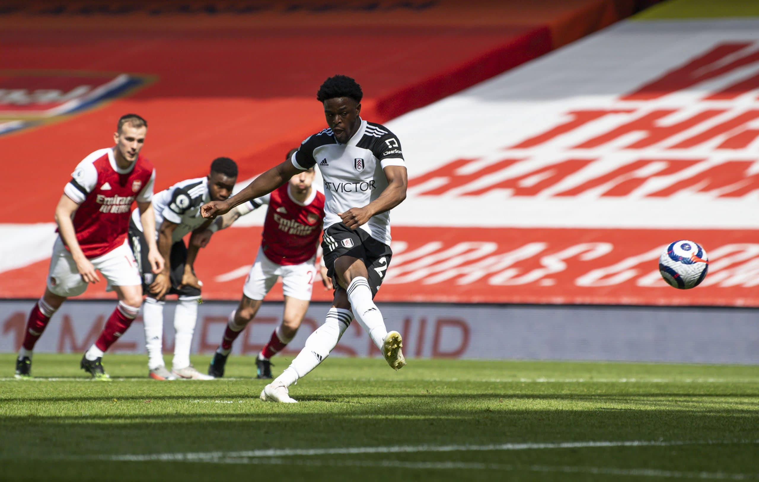 Premier League: Maja Ends Eight-Game Goal Drought As Arsenal Hold Fulham