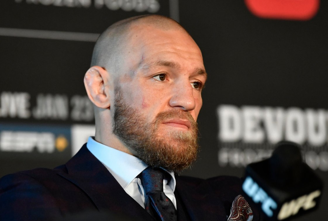 McGregor Vows To  Give Kamaru Usman 'A Smack' For Copying His Shots