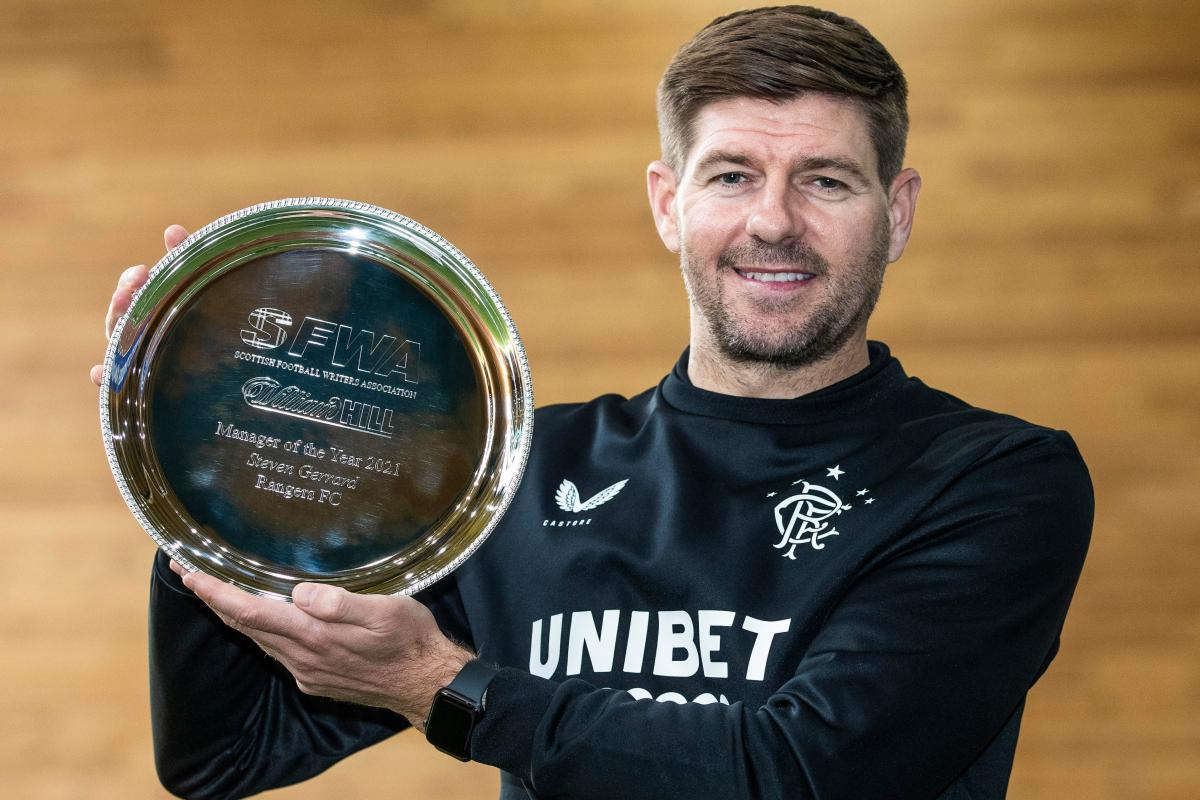Gerrard Wins Scottish Football Writers' Manager Of The Year Award