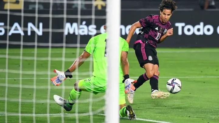 Mexico Sends Eagles Warning With Comfortable Win vs Panama
