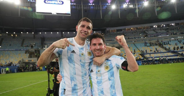 Martinez: I Want To Die For Messi