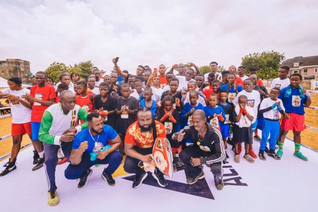 Deaf And Dumb Boxer Wow Lagos Fans At Boxing Clinic
