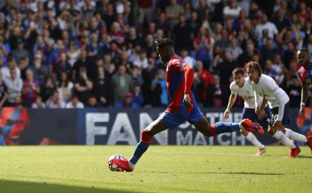 Premier League: Crystal Palace Thrash 10-man Spurs