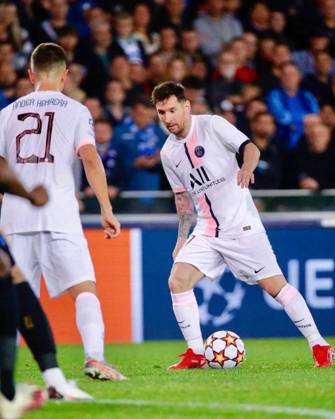 'We'll Stop Extraordinary Messi With Team Work'  –Lyon Coach Bosz, Ahead PSG Clash
