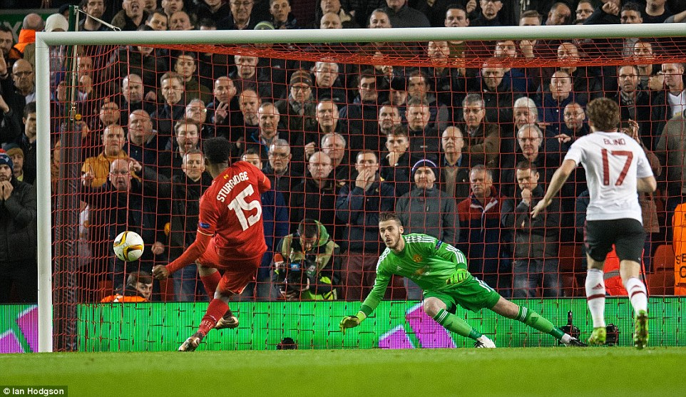 Europa League: Liverpool Beat Man United, Take 2-0 Advantage To Second Leg
