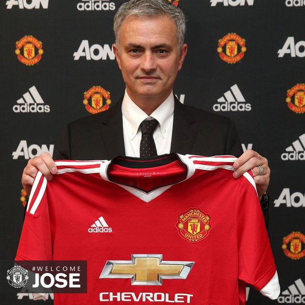 Sexy United! Mourinho Officially Unveiled‎, Excitedly Labels Man United Romantic Club