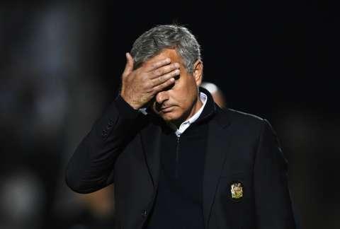 Mourinho Blasts Media, Pundits Again; Defends Rooney Form, Praises Leicester