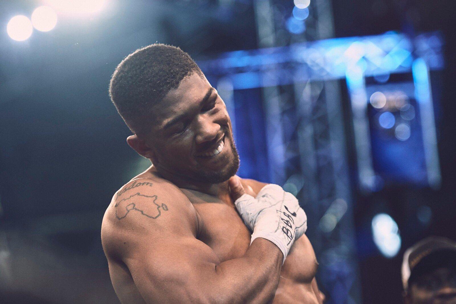 IT WASN'T ME! Joshua Denies Affair With Fellow Boxer's Wife