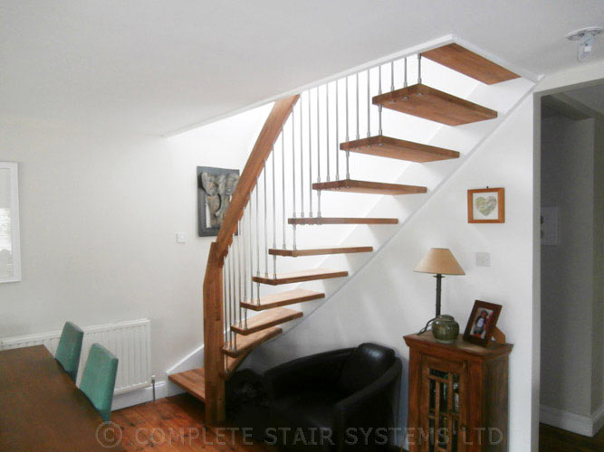 Modern Staircase Sunbury On Thames With Oak Treads