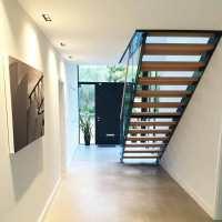 Modern Staircase Weybridge | Straight Flight Model 500 ...