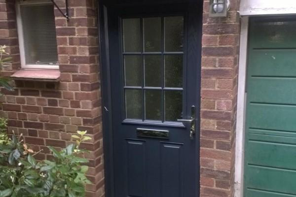 Black-2-Panel-1-Grill-Global-Composite-Door-6