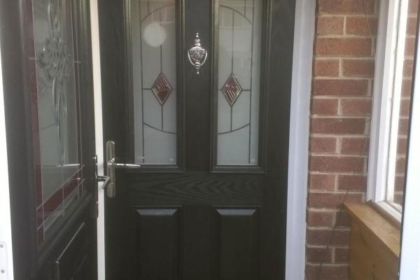 Black-2-Panel-2-Arch-Global-Composite-Door3