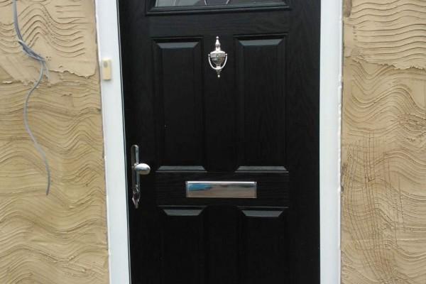 Black-4-panel-1-archGlobal-Composite-Door