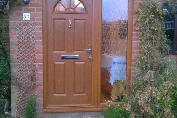 Light-Oak-4-Panel-1-Arch-Global-Composite-Door