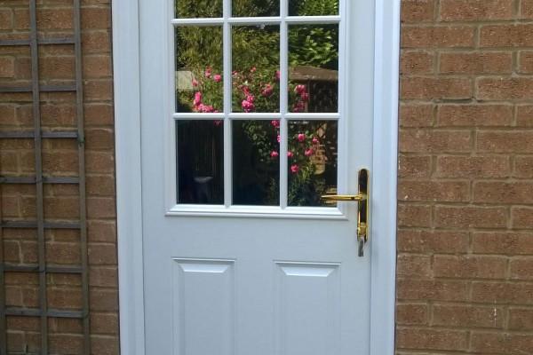 White-2-Panel-1-Grill-Global-Composite-Door-4