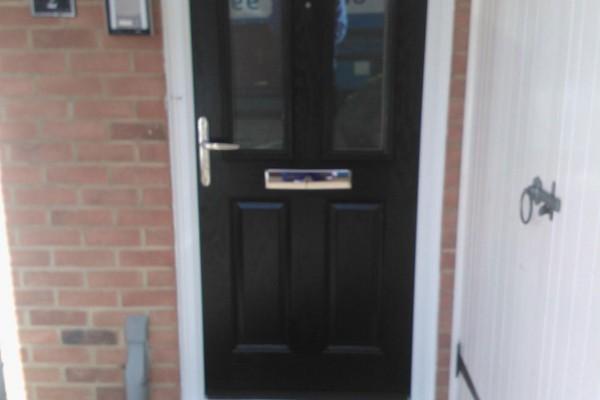 black-2-panel-2-square-global-composite-door-3